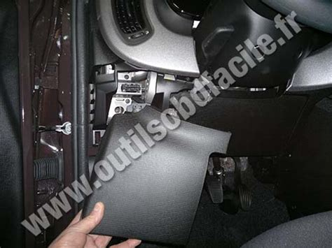 obd connector location  fiat panda   outils