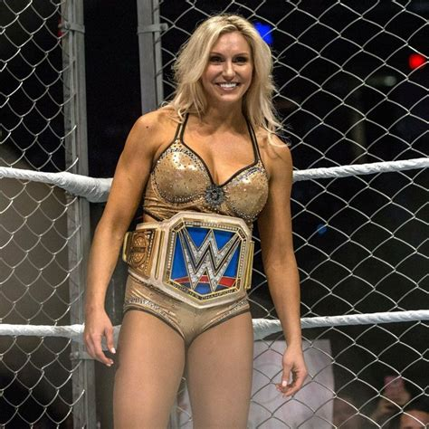pin  wwe sd womens champion