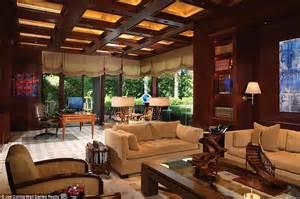 arizona mansion  paradise valley hits  market