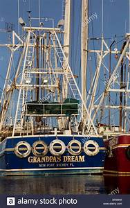 Shrimp boats in Bayou La Batre, Alabama, fishing boats in ...