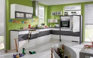 Welche Tapete Für Küche : k chenrenovierung 7 tipps wie sie ihre alte k che aufm beln k che co ~ Markanthonyermac.com Haus und Dekorationen