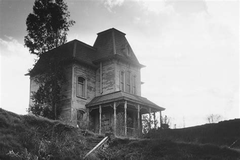 How, Exactly, Victorian Homes Got the 'Creepy House' Rep
