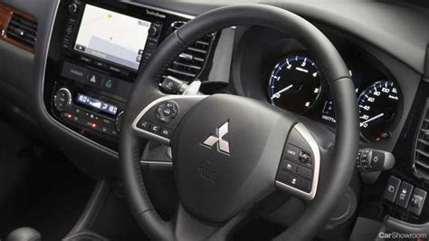 review mitsubishi outlander review  road test