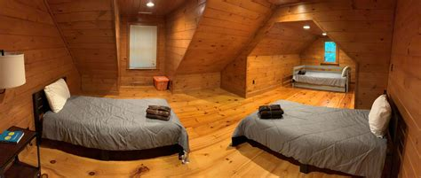 Cute 1 1/2 story cabin on.9 of. Black Bear River Lodge Rental Cabin   Cuddle Up Cabin Rentals