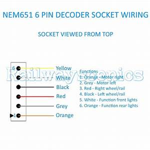 Wired 6 Pin Nem651 Dcc Decoder Socket  Railwayscenics