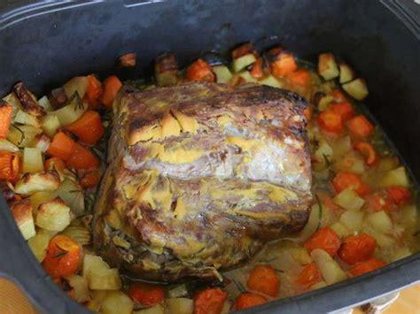 cuisiner un roti de porc au four recettes de roti de porc au miel de patchouka