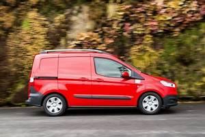 Ford Tourneo Courier Avis : essai ford transit courier 2015 l 39 attrait de la nouveaut l 39 argus ~ Melissatoandfro.com Idées de Décoration