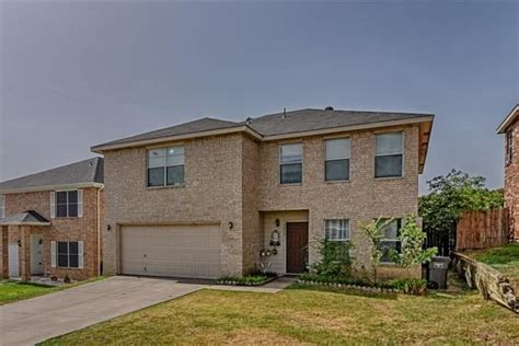 HOME FOR SALE IN FORT WORTH, TEXAS 8032 Colbi Lane ...