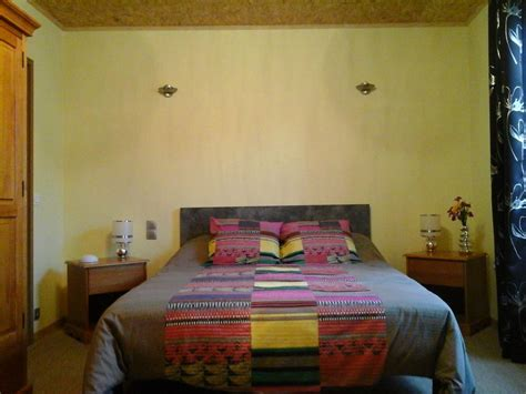 chambres d hotes florent chambres d 39 hôtes tour de la gabelle mauges sur loire