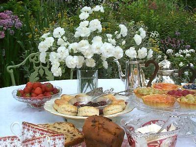bruiloft versiering nijmegen tuinfeesten organiseren het tuinfeest trouwen tuinfeest