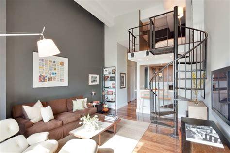 escalier entre cuisine et salon escalier dans salon cuisine sous escaliers cuisine