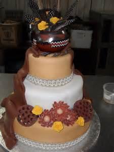 traditional wedding cake traditional wedding cakes suronah bridal boutique