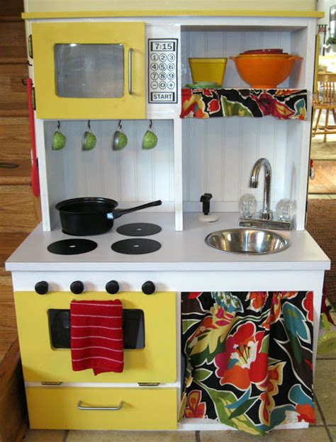 diy play kitchen tutorial peek  boo pages patterns