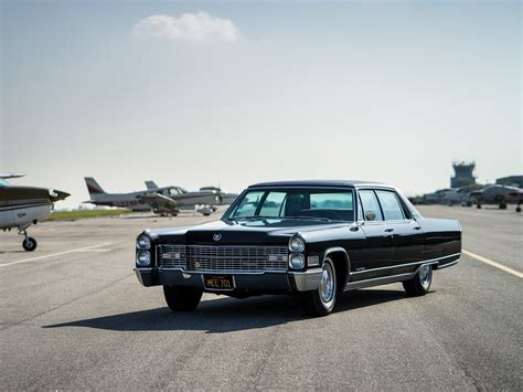 Sotheby Cadillac Fleetwood Sixty Special