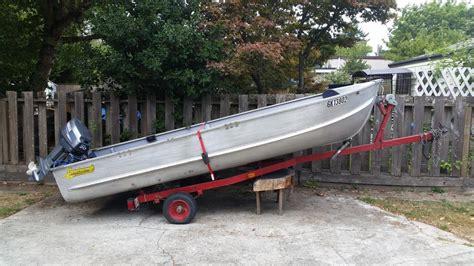 Used Boat Motors Peterborough by 13 Ft Peterborough Motor Boat 2200 Obo Saanich