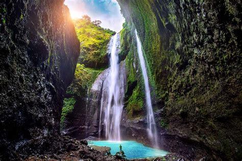 tempat wisata  hits  jawa timur reservasi