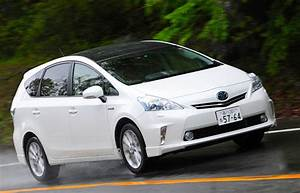 Toyota Prius Versions : japan by version october 2012 prius alpha at 43 of prius sales best selling cars blog ~ Medecine-chirurgie-esthetiques.com Avis de Voitures