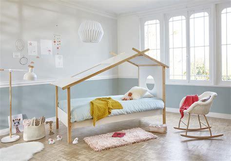 hauteur plafond chambre peindre le duun mur pour augmenter la hauteur sous plafond