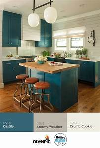 Tips using lowes paint color chart for decorating kitchen for Kitchen cabinets lowes with turquoise and black wall art