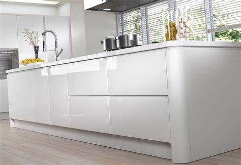 modern white gloss kitchen cabinets strada gloss modern white kitchen stori 9262