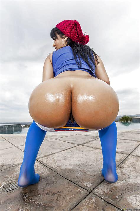 Hot Latin Babe Rose Monroe Big Ass Oiled Show 16 Pics