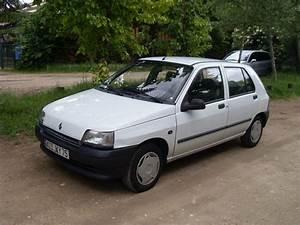 Renault Villejuif : location renault clio 1 de 1991 pour mariage val de marne ~ Gottalentnigeria.com Avis de Voitures
