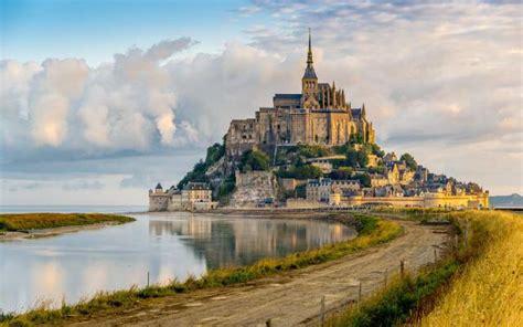 beautiful castles   world wow amazing