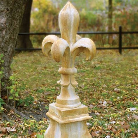 Fleur de lis Outdoor Decor   Decor IdeasDecor Ideas