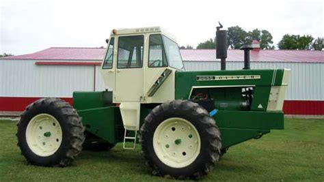 Bent on Perfection for Articulated Tractors   FARM COLLECTOR