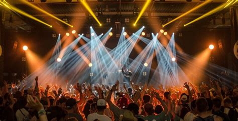 Według doradcy WHO koncerty powrócą dopiero jesienią 2021 ...