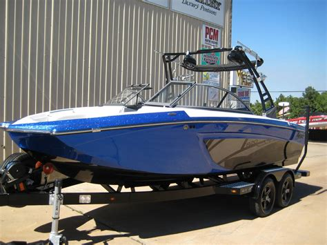 Tige Boats Models by Power Boats Tige R20 Boats For Sale Boats