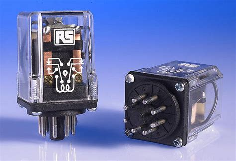 Picture And Description Of The Fuse And Relay Box On A 97 Toyotum Camry by Relays Ac Dc Relay Bases