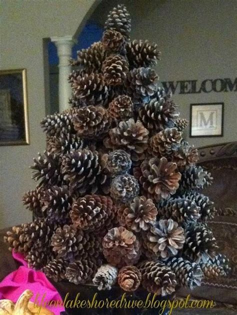 pine cone crafts kathy life on lakeshore drive s