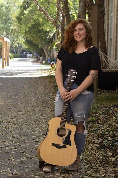 Singer Songwriter Recording Roark Tribuneledgernews Amanda Ballew