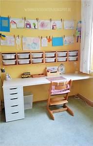 Das Coolste Kinderzimmer Der Welt : die besten 25 kinder schreibtisch ideen auf pinterest schultische kinderhausaufgabenbereich ~ Bigdaddyawards.com Haus und Dekorationen