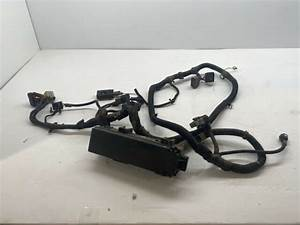 Under Hood Wiring Harness W   Fuse Panel 4 0 At 2000 Jeep