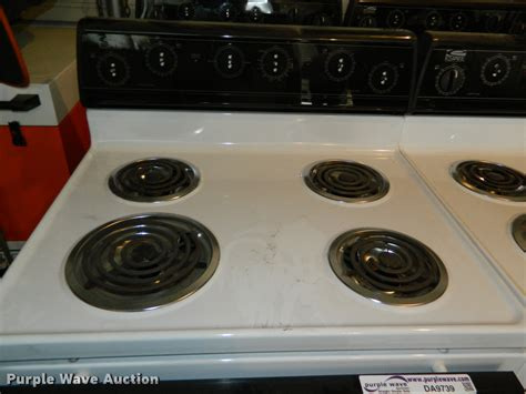 stoves cook electric estate sold window auction
