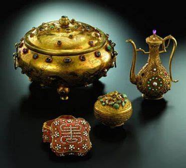 valuable antiques most expensive antiques ever sold in the world ming dynasty gold tripod vessel beautiful