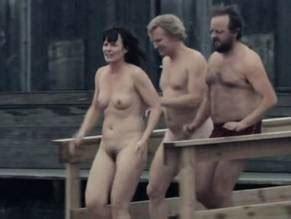 Agnete  Julie nackt Vang Trine Dyrholm