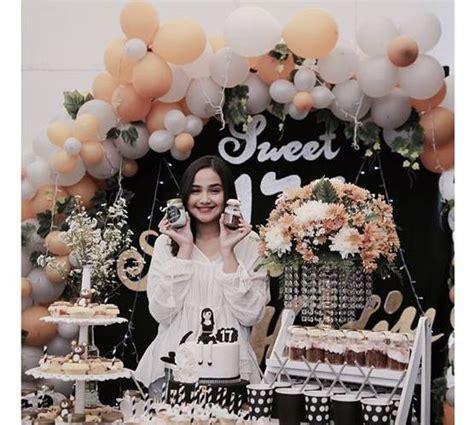 pesta ulang  sweet   artis