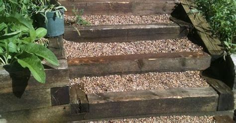 pea gravel  timber steps