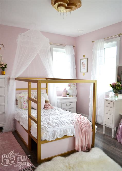 pink and gold bedroom a pink white gold shabby chic glam bedroom