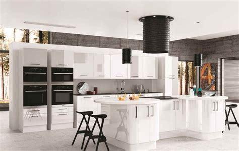 Gloss Kitchen, Colonial Kitchens Range, Ashgrove Home