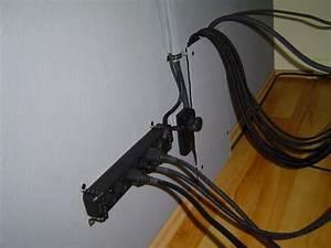 Kabel Verstecken Wand : die besten 25 kabel organisieren ideen auf pinterest organisationsprojekte tipps zum umzug ~ Frokenaadalensverden.com Haus und Dekorationen