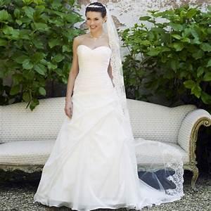 Bien choisir ses bijoux pour un mariage blog envie bijoux for Magasin robe de mariée pas cher avec parure de bijoux pour mariée