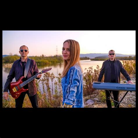 Grupa Amora - YouTube