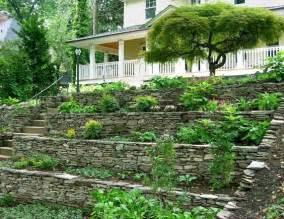 Jardin En Pente Raide : les 35 meilleures images du tableau jardin en pente raide sur pinterest jardin en pente lits ~ Melissatoandfro.com Idées de Décoration