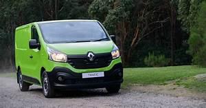 Trafic Renault 2017 : 2017 renault trafic gets power boost and a limited time drive away deal ~ Medecine-chirurgie-esthetiques.com Avis de Voitures