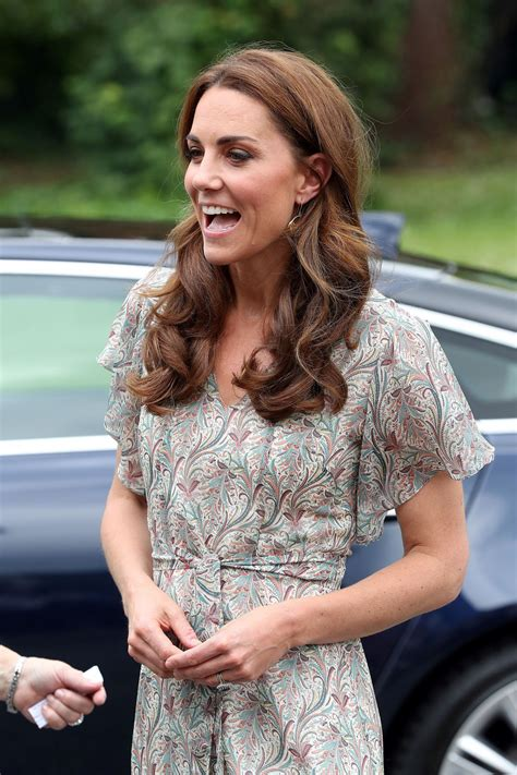 Follow us for updates on kate's fashion style, including dresses, shoes & bags! KATE MIDDLETON at Photography Workshop for Action for Children in Kingston 06/25/2019 - HawtCelebs