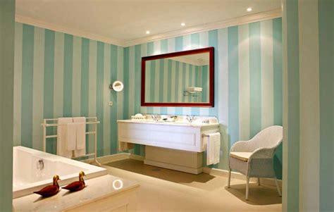desain kamar mandi  bagus  rumah idaman minimalis